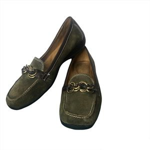 Size 8 Leather Naturalizer Loafers